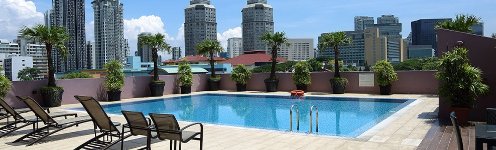 Value Hotels - Pool with city view